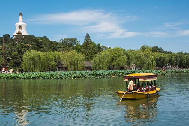 Beihai Park - Beijing attraction at China local tour