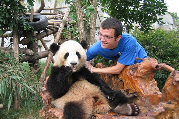 Dengsheng Gorge exploration from China Panda tour