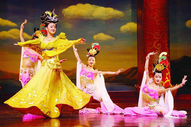 Enjoy Tang Palace Dance Show in China