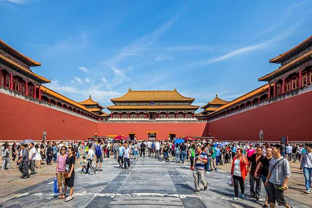 Explore Forbidden City in China