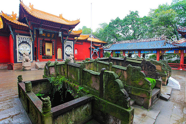 Fengdu- the Ghost City in China adventure tour