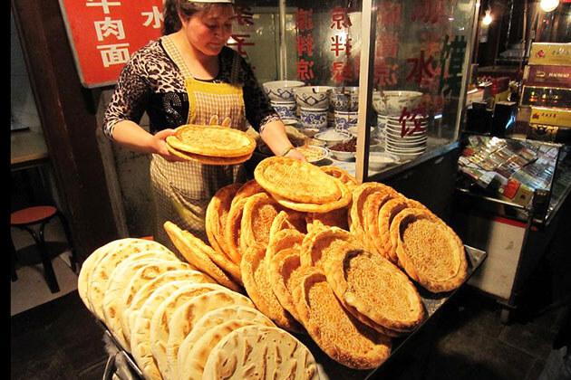 Food in Xian Muslim Quarter