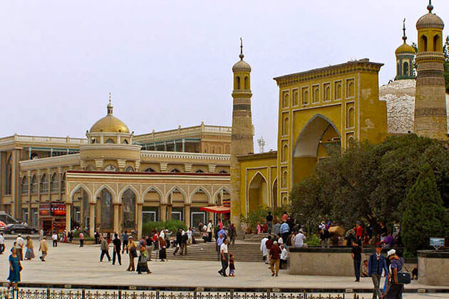 Id Kah Emin Mosque in China Silk Road Tour