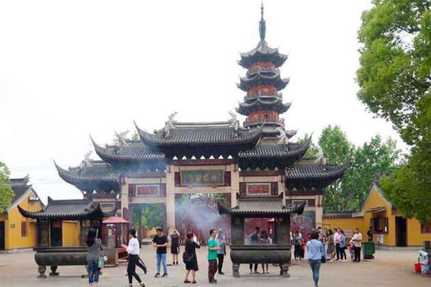 Longhua Temple and Pagoda best destination in Shanghai