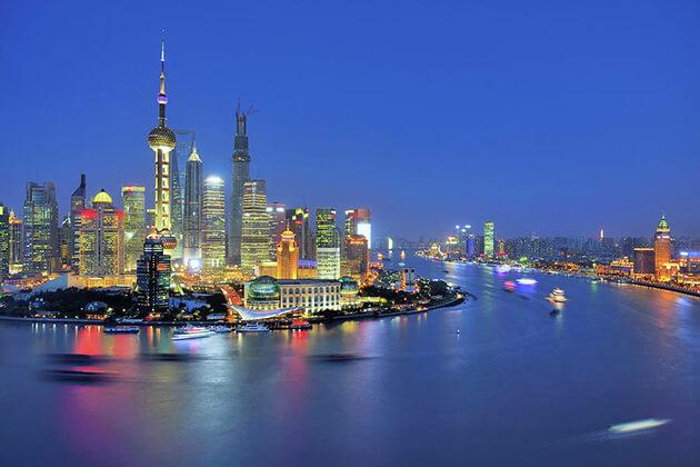 Paranomic view of Huangpu River in Shanghai