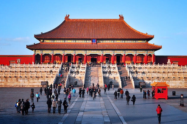 Visit Fobidden City in Beijing, China