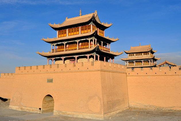 discover Jiayuguan Pass in China Silk Road Tour