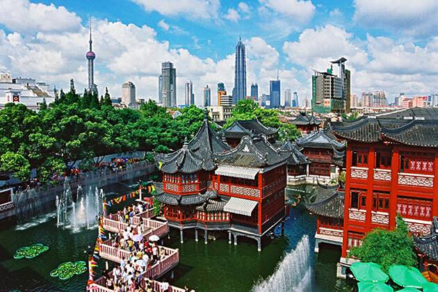 enjoy stunning view of Yuyuan Garden from China tour