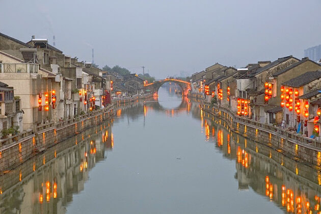 stunning view of Grand Canal - ideal spot in China tour