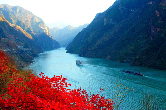 stunning view of Little Three Gorges