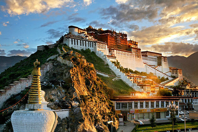 stunning view of Potala Palace