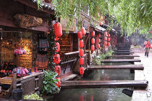 visit Shuhe Old Town in China tour package